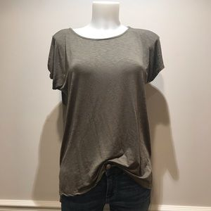 Tahari olive green slit in the sleeves t- shirt